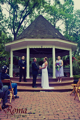 Wedding Photography At Deep River County Park In Hobart